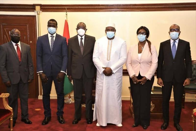 Le ministre François Amichia à Banjul. Il a été reçu par le président Barrow