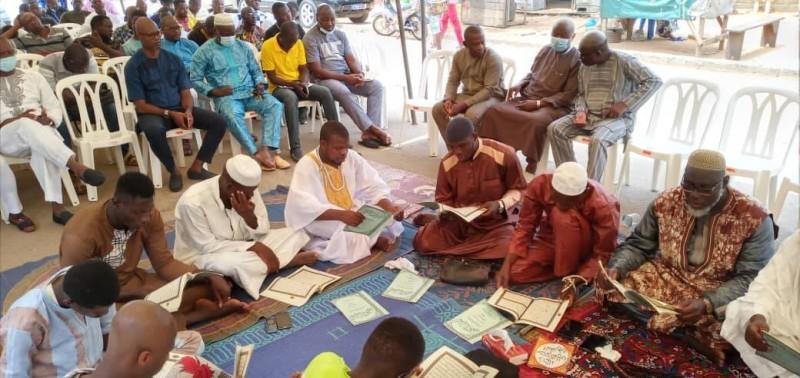 De nombreux dignitaires et guides religieux ont pris part à cette cérémonie parrainée par Noufé Michel, directeur des moyens généraux du trésor.