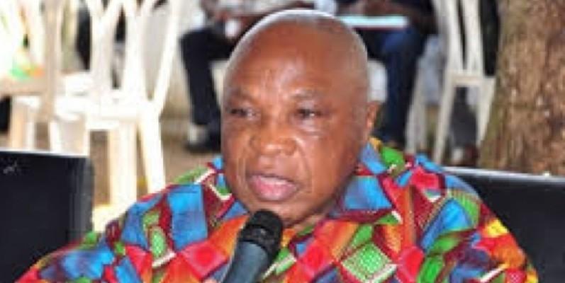 Le comité d'accueil annoncé par Assoa Adou est composé d'une quinzaine de personnes. (Dr)